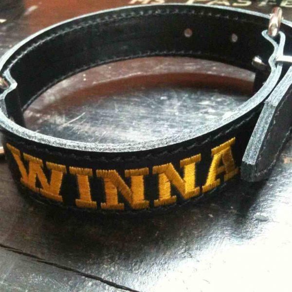 Halsband met naam 30mm breed